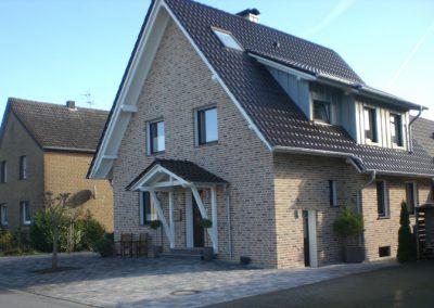 Dacharbeiten-Holzbau-Niedenfuehr-Schloss-Holte-Stukenbrock-CIMG4340